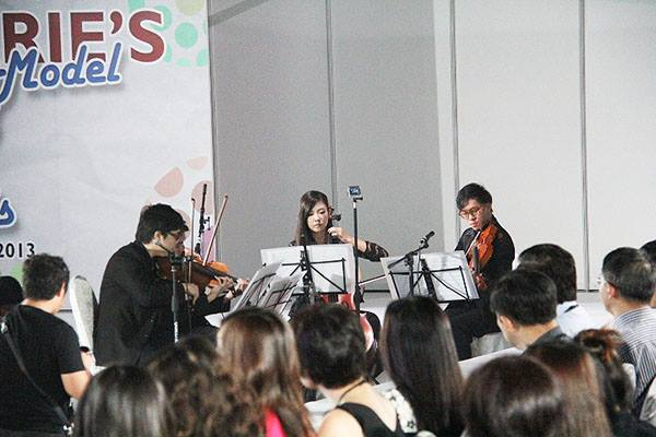 live string music for fashion event