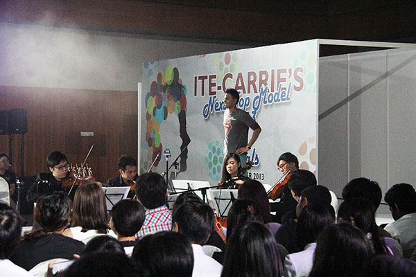 live string music for modelling event singapore
