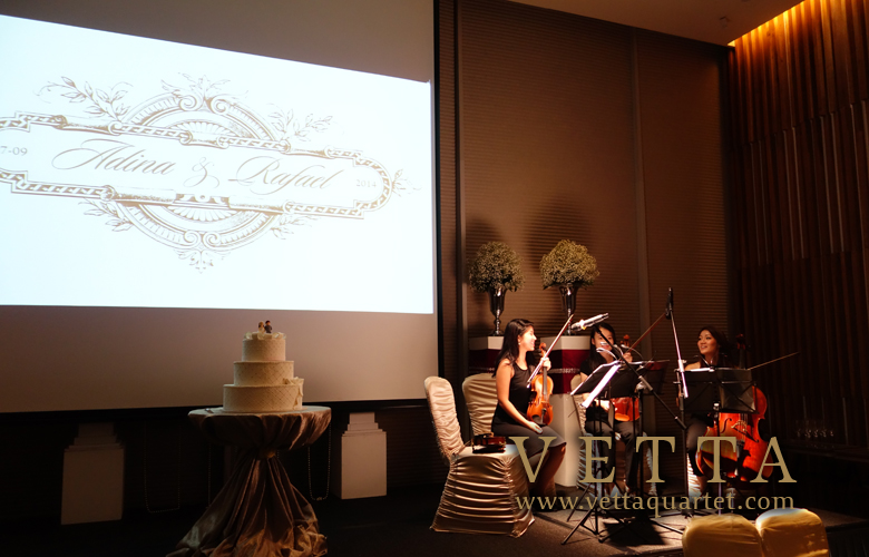 Live Music at Movenpick Heritage Hotel Sentosa