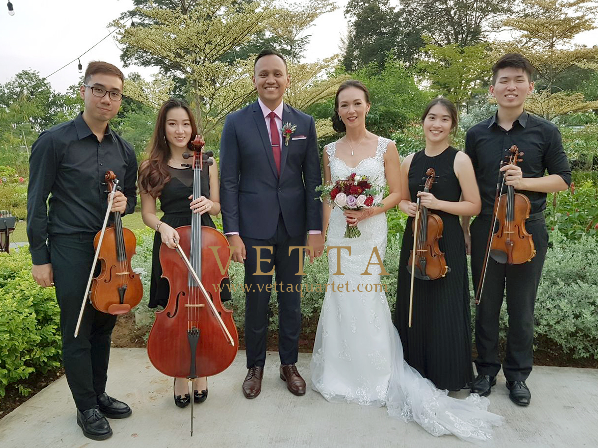 String musicians playing music for Wedding at The Summerhouse Singapore